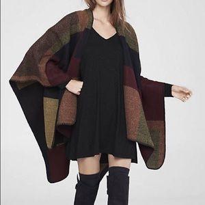 Express color block blanket wrap